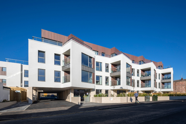The-Apex-Apartments,-Ifield Road,-Crawley