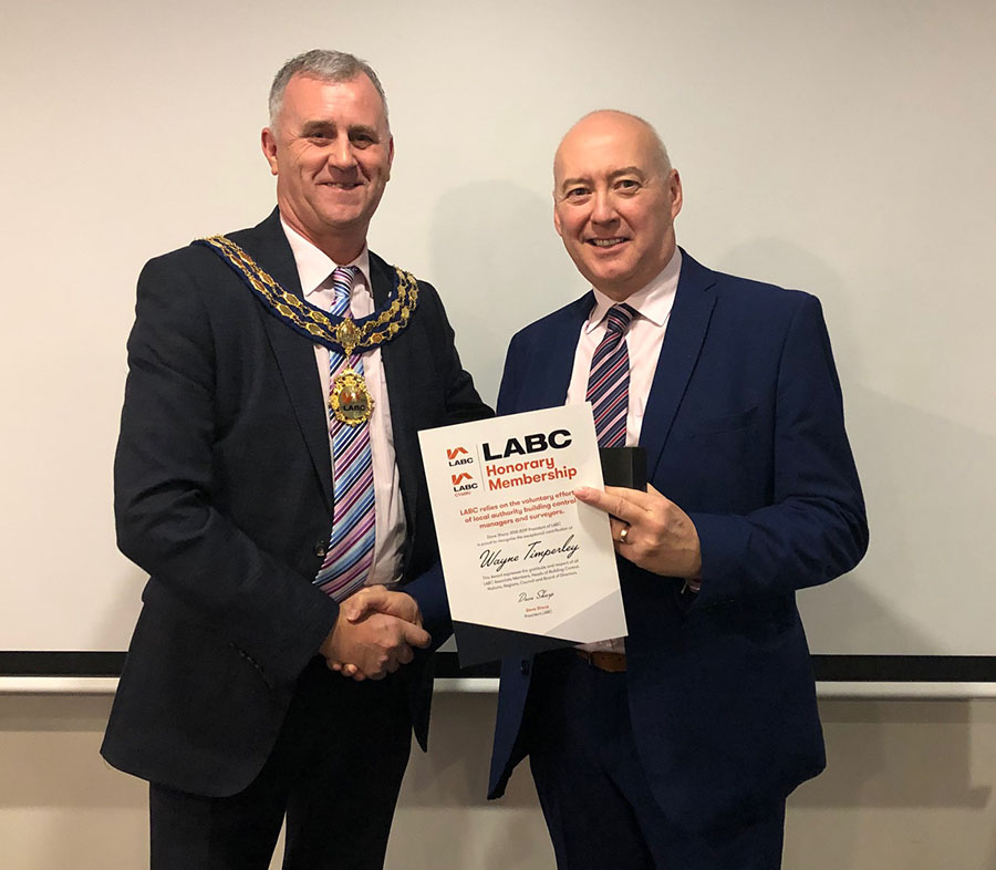 Dave Sharp with Wayne Timperley at the LABC AGM